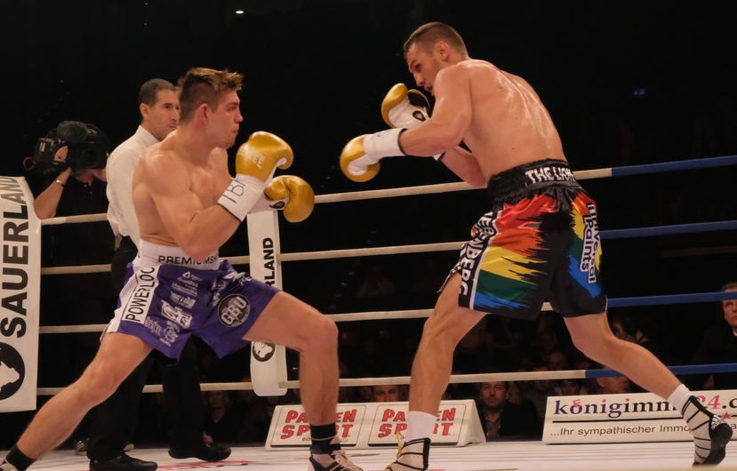 Vincent Feigenbutz (links) vs. Ryno Liebenberg.