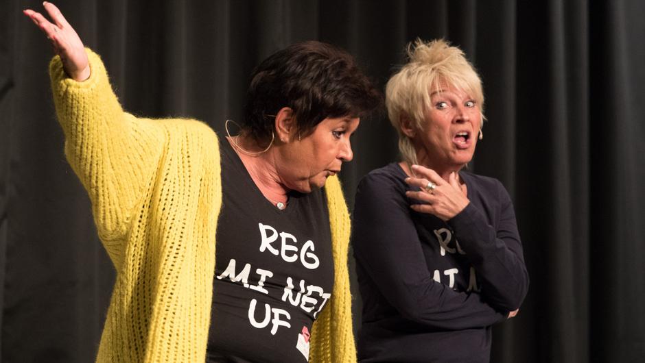 """""""Dui do on de Sell"""" haben das Publikum in der ausverkauften Kultur- und Festhalle in Oberrot im Griff."""