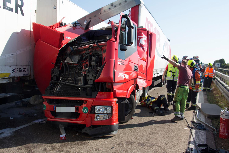 A6 Unfall Lkw