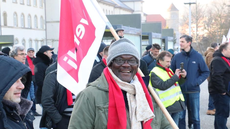 Warnstreik 120 Busfahrer Demonstrieren In Hall Für Mehr Lohn