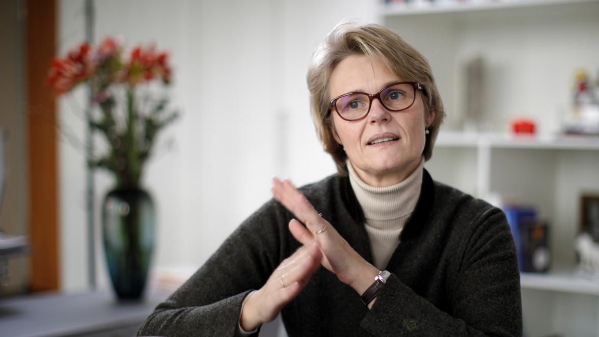 """""""Am Ende war in dem Entscheidungsprozess eine Frage entscheidend: Welches ist unter vielen sehr guten Vorschlägen das beste Konzept?"""", sagt Forschungsministerin Anja Karliczek zu den Vorwürfen, sie habe ihre Heimatregion bevorzugt."""