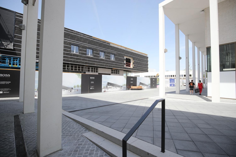 Outletcity Metzingen: Hugo Boss eröffnet am 26. September ...
