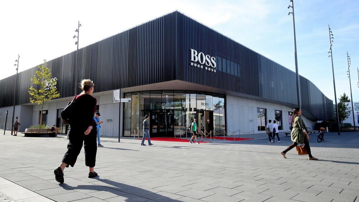Outletcity Metzingen: Neuer Hugo Boss Store im Outlet hat ...