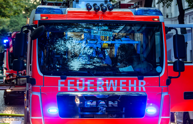 Brand in Leinfelden-Echterdingen: Feuer im Keller - Hotel am Flughafen Stuttgart musste evakuiert werden - SWP