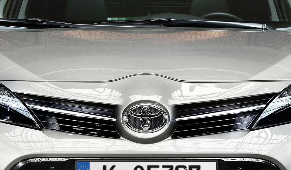 Unfallflucht Rosengarten: Blauer Toyota Corolla gesucht – nach Kollision mit Leitplanke davon gefahren - SWP