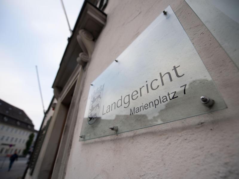Mord in Tettnang am Bodensee: 59-Jähriger erwürgt: Angeklagter gesteht die Tat - SWP