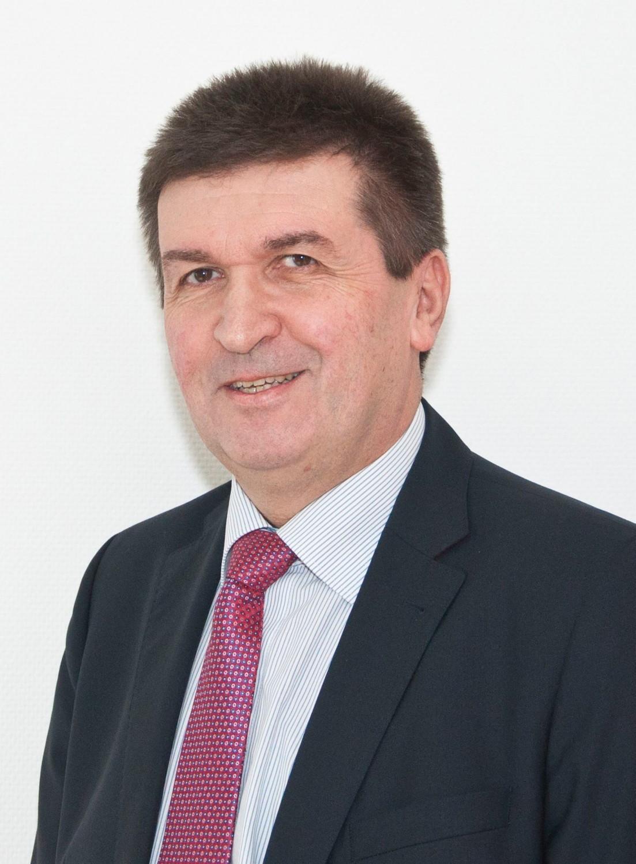 Frauenklinik Ehingen: Jacek Goldzinski wird neuer Chefarzt - SWP