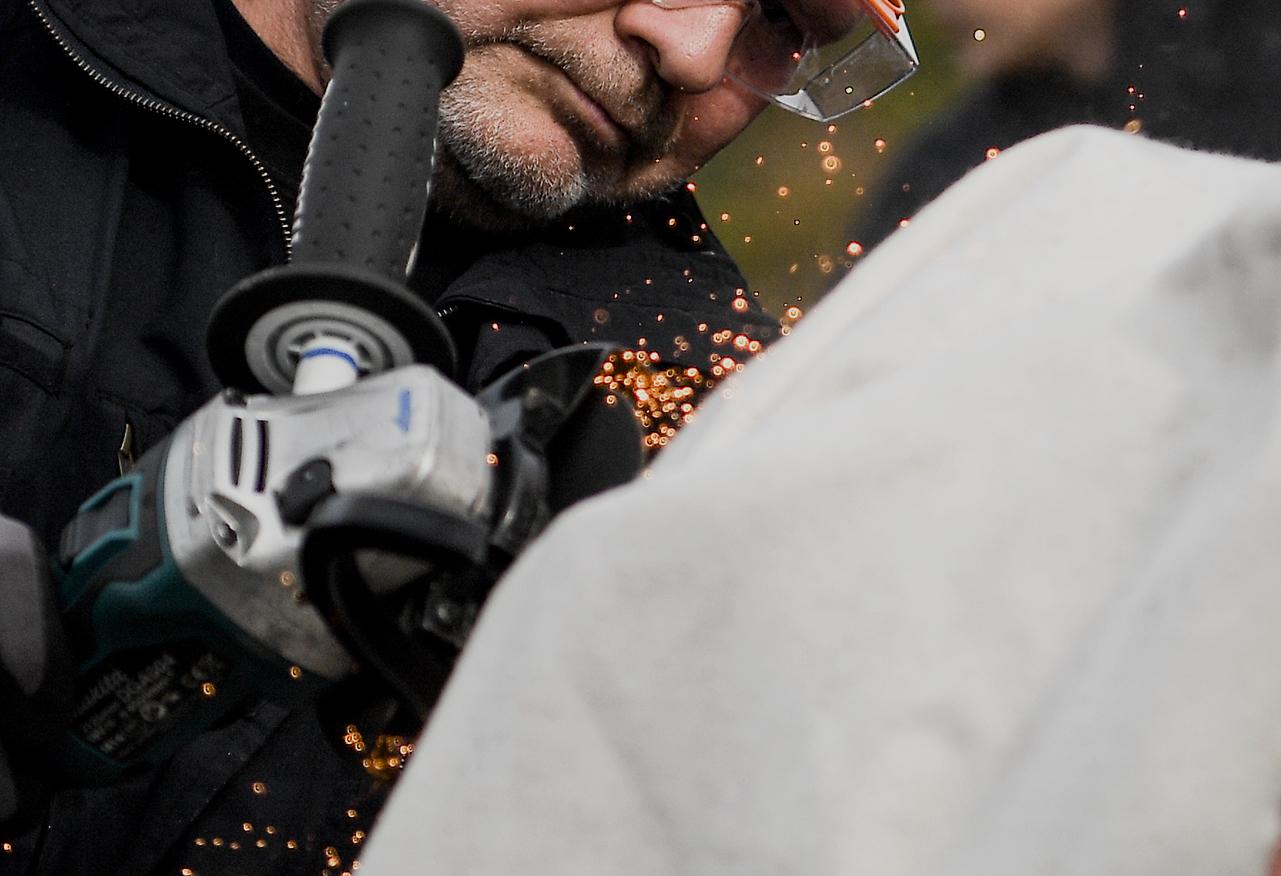 Mann in Betonmischer eingeklemmt: Maschine muss nach Unfall bei Firma in Crailsheim zerlegt werden - SWP