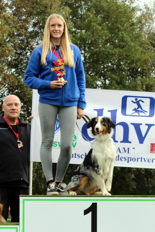 Hundesport: Michelle Wahl aus Oberrot ist deutsche VDH-Jugendmeisterin - SWP