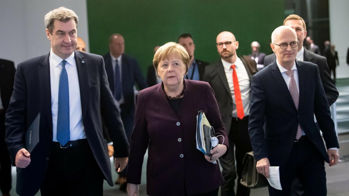 Merkel Pressekonferenz Schule