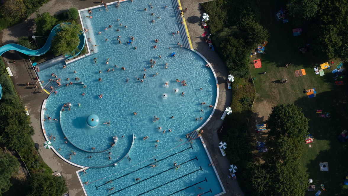 Schwimmbad öffnung Corona