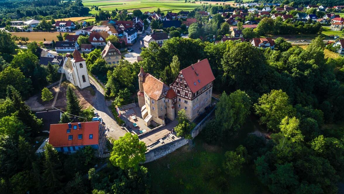 Jugendherberge Schloss Rechenberg Millionenbetrag Fur Sanierung Das Hat Der Investor Mit Dem Historischen Schloss In Stimpfach Vor Sudwest Presse Online