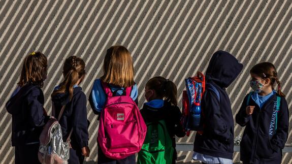 Valeur limite déchirée, classes scolaires en quarantaine: que se passe-t-il maintenant