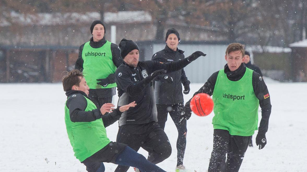 SSV Ulm Regionalliga Südwest: Vor dem Liga-Re-Start: So lief der Trainingsauftakt...