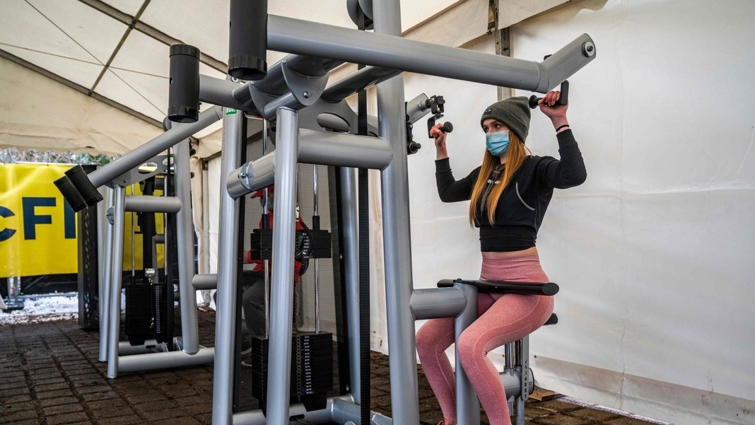 Ins man ab darf fitnessstudio wann Health City
