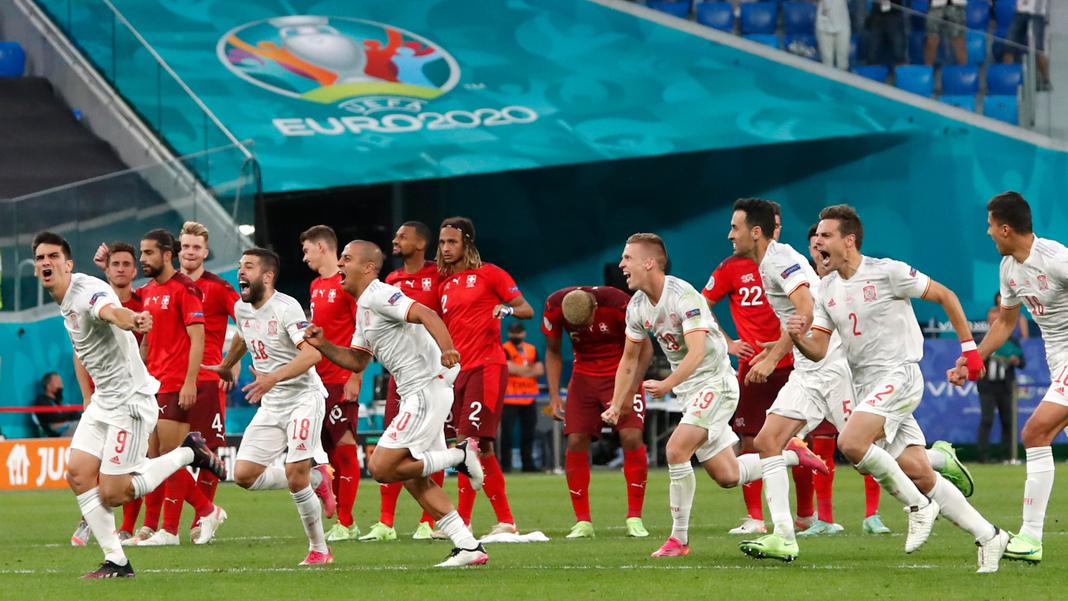 """La Spagna può festeggiare solo dopo i rigori nei quarti di finale contro la Svizzera.  ora & quot;  La Furia Rossa """"  In Italia."""