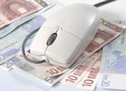 Autofahrer sparen bei der Kfz-Versicherung deutlich, wenn sie die Prämie im Voraus für das ganze Jahr statt in monatlichen Raten bezahlen.